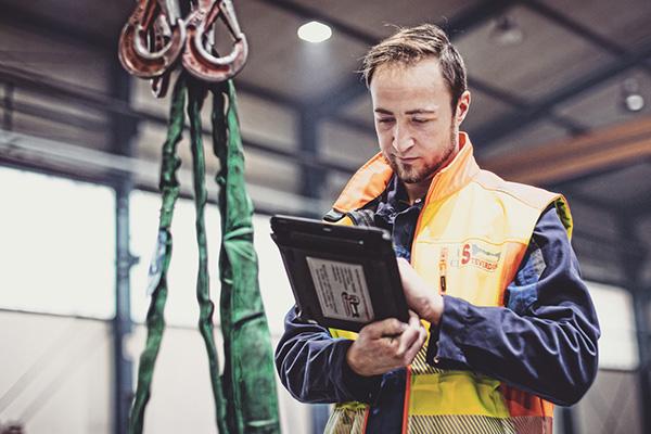 Sicherheit, Schutz, prüfen, Prüfung, Steverding, Metall, Metallbauer, Regal, Regale, Prüfer, Zertifikat, Arbeitssicherheit